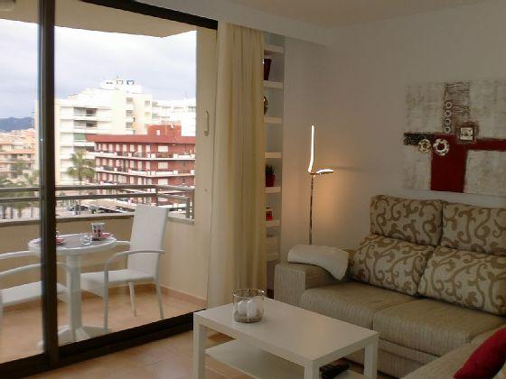 Atalaya-mit-Blick-auf-den-Balkon
