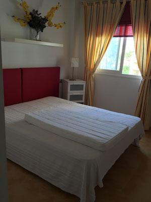 Schlafzimmer01_jo-001